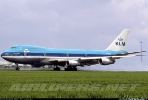 KLM747-200